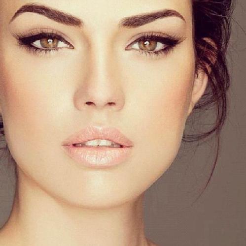 макияж для блондинок с карими глазами 1