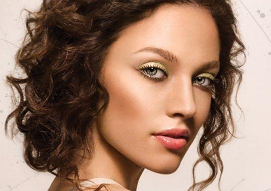 макияж для брюнеток с зелеными глазами 1