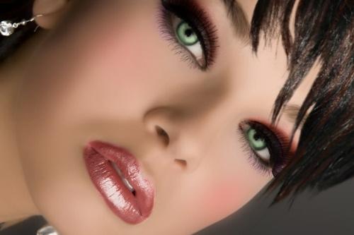 макияж для брюнеток с зелеными глазами 3