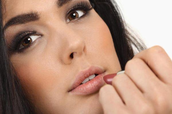 макияж для брюнеток с карими глазами 3