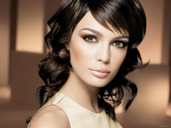 макияж для брюнеток с карими глазами 4