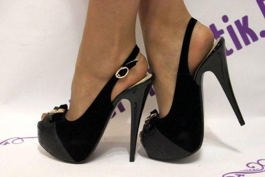 туфли на высоком каблуке фото 1
