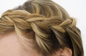 как плетется французская коса на длинных волосах