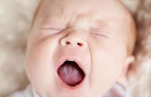 что делать если новорожденный икает