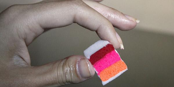маникюр с помощью губки