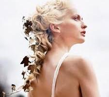 свадебные прически с живыми цветами фото 15