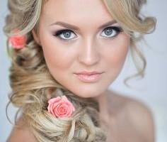свадебные прически с живыми цветами фото 1