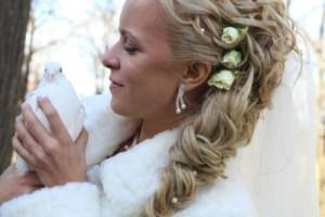 свадебные прически с живыми цветами фото 12