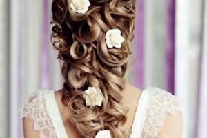 свадебные прически с живыми цветами фото 13