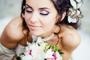свадебные прически с живыми цветами фото 2